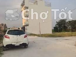lô đất mặt tiền đường Lê Văn Miến,