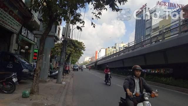 Nhà MT đường Cộng Hòa, P.13, Q.Tân Bình