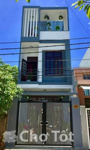 Nhà 3 tầng thiết kế hiện đại đường Nguyễn Thi