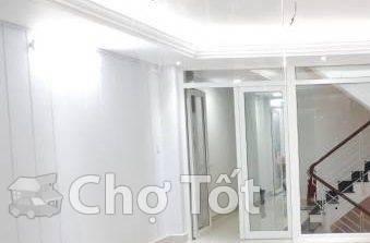 Mặt tiền,Bế Văn Đàn,Q.TB, 4*18m,3 lầu, 6 phòng ngủ