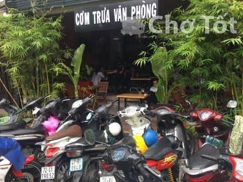 quán coffe và cơm văn phòng